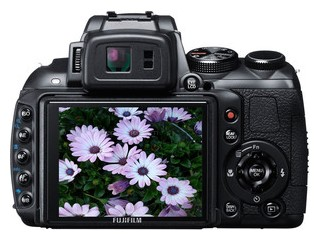 Fujifilm HS30EXR back view and LCD