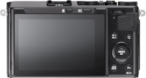 Fujifilm X70 back view and LCD