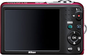 Nikon L32 back view and LCD