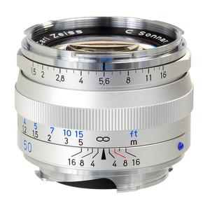 Is the Carl Zeiss C Sonnar T1,5/50 ZM a Autofocus lens?